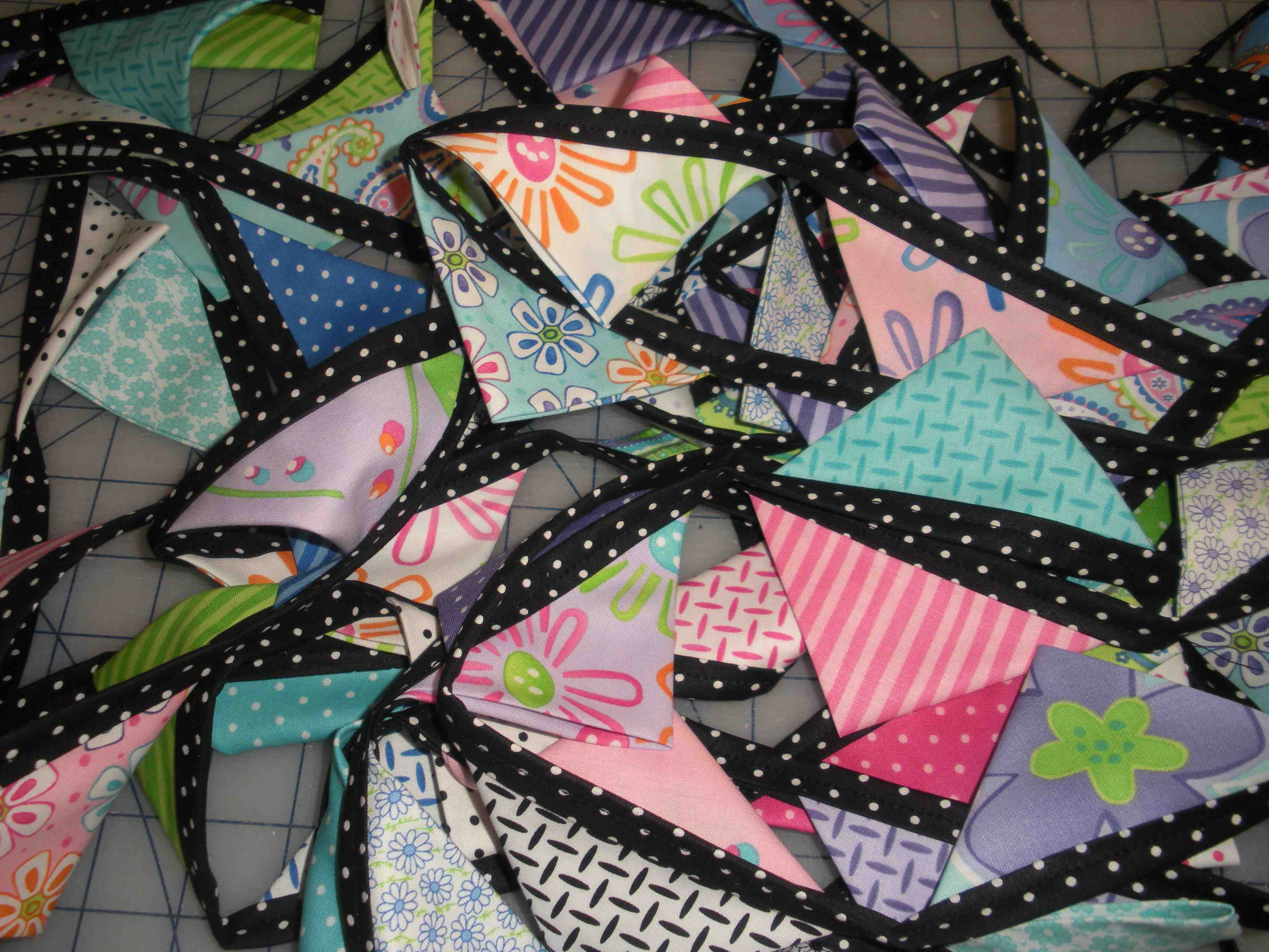 charm pack garland quilt pattern Quilting my way through life!