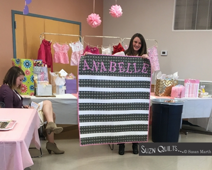 Suzn+Quilts+Anabelle+quilt+n+Heather
