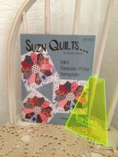 Suzn+Quilts+MiniDresdenTemplate