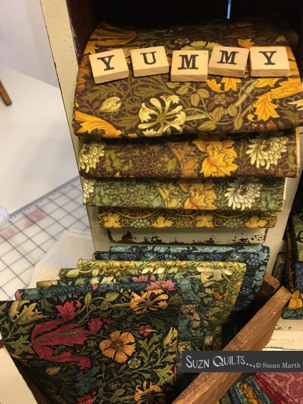 Suzn+Quilts+Yummy+Morris+Group+opened+6