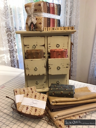 Suzn+Quilts+Timeless+cabinet